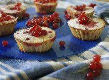 cakes-886772_960_720